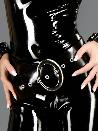 latex-belt-ac-097-front3
