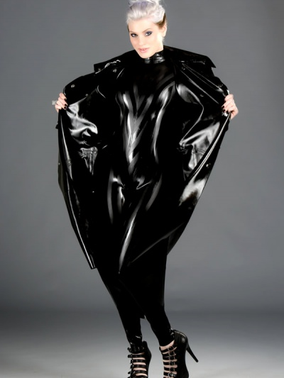 latex-catsuit-cat-120_bz_str-sling-coat